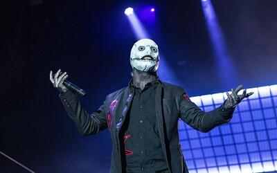 Slipknot: Na pódiu sa správajú, akoby ich ovládal sám satan. Vystupujú s bejzbalovými palicami a v hororových maskách