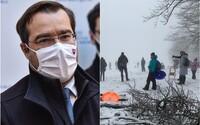 Slováci húfne vybehli do prírody za snehom, podľa Krajčího je to v poriadku