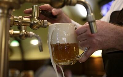 Slováci minuli v maloobchodoch za rok na pivo 290 miliónov eur. Radlerom sa darí čoraz viac
