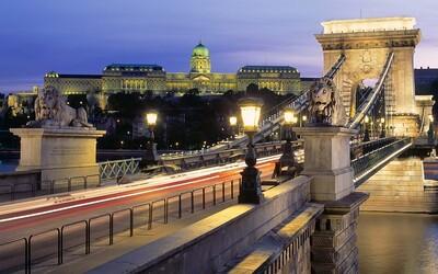 Slováci môžu do Maďarska vycestovať na dovolenku, aj keď zavrelo hranice. Stačí sa preukázať negatívnym testom
