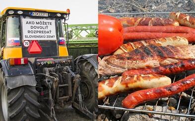 Slováci potešili protestujúcich farmárov spontánnymi raňajkami. Podporiť ich prišli s klobáskami, čerstvým chlebom aj zeleninou