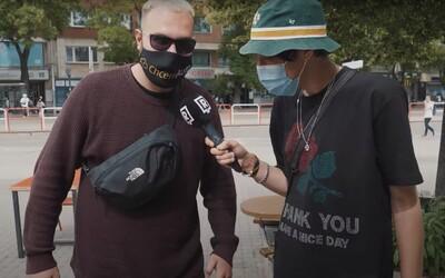Slováci sa vrátili do ulíc vo veciach zo sekáča, jeden priznal fejky. Sleduj outfit check z bratislavských ulíc