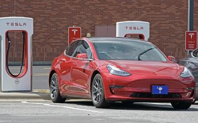 Slováci za 4 minúty vyčerpali všetky dotácie na nákup elektromobilov