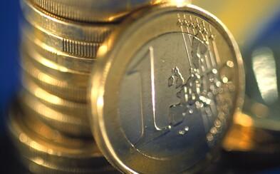 Slovák si priemerne za mesiac ušetrí 111 €. V prieskume sme predbehli Česko