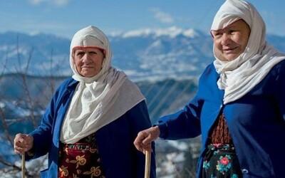 Slovania, ktorí preferujú islam. Pijú, utekajú za lepším životom a s kresťanmi ich spája najmä reč