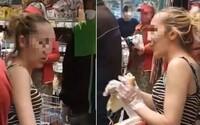 Slovenka nakupovala bez rúška: Vy ho máte na p**i, reagovala vulgárne na zákazníkov, ktorí ju napomínali