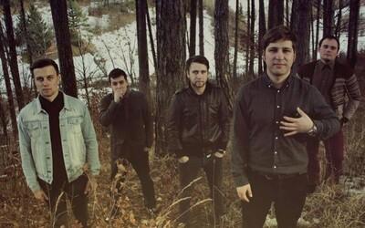 Slovenská indie kapela Elections In The Deaftown sa hlási s príjemnou novinkou Comfort Zone