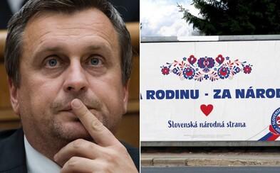 """Slovenská národná strana Andreja Danka propaguje slogan """"Za národ"""" moravským ornamentom"""