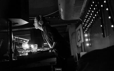 Slovenská špička zamieri cez víkend do Klubu Dole