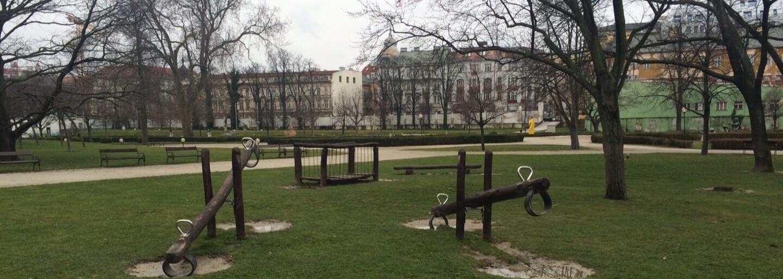 Slovenské mestá pustia ľudí do inak uzavretých častí. Navštíviť môžeš tajomný cintorín či historické záhrady
