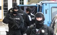 Slovenského colníka podplatila mafia za 7 000 €. Obvinený je aj vyšetrovateľ z NAKA