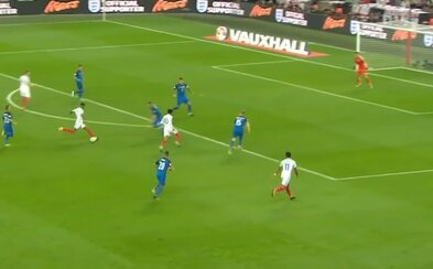 Slovenskí futbalisti nestačili na domáce Anglicko a začína sa tak súboj o druhé barážové miesto
