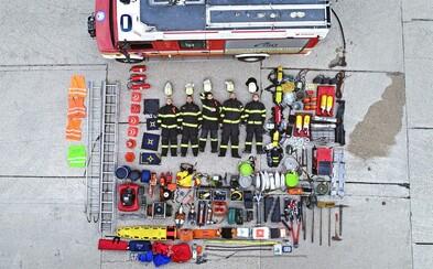 Slovenskí hasiči sa fotia ako Lego postavičky. Zapojili sa do populárnej septembrovej výzvy