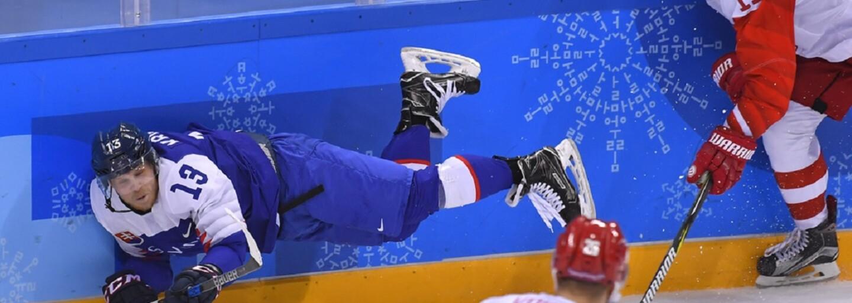 Slovenskí hokejisti v úvodnom zápase senzačne zdolali favorizovaných ruských hokejistov