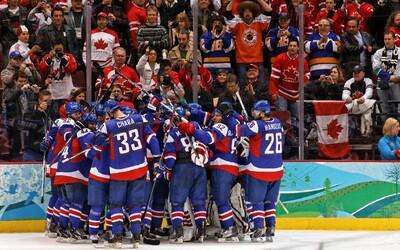 Slovenskí hokejisti začnú šampionát proti svojmu najväčšiemu rivalovi z Česka. Ako dopadne tento bratovražedný súboj?