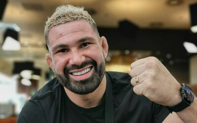 Slovenskí MMA zápasníci by bez reklamy na Instagrame neprežili, tvrdí Attila Végh