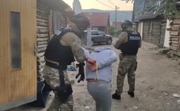 Slovenskí policajti rozložili medzinárodný gang prevádzačov. Toľkoto brali za prevedenie jedného migranta do Rakúska