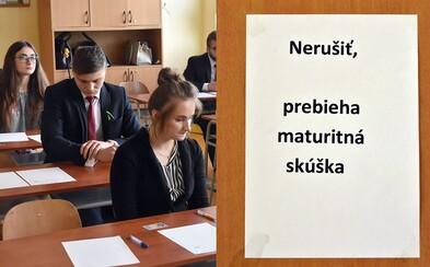 Slovenskí študenti sa búria proti maturitám. Označujú ich za neobjektívne a vybrali aj úlohy, ktoré sa im vôbec nepozdávajú