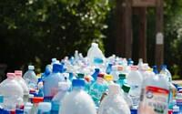 Slovenskí vedci vynašli plast vytvorený z fritovacieho oleja! O ekologický vynález sa postarali experti z STU