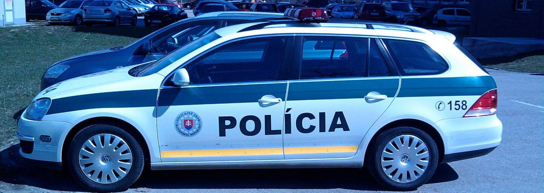 Slovenskí vodiči v kompilácii ako z  ruských ciest. Policajti zverejnili smutné video, pri ktorom budeš krútiť hlavou