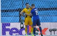 Slovensko prehralo so Španielskom 0 : 5. Do vlastnej bránky sme si dali dva góly, na Eure končíme