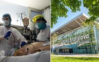 Slovensko zastavuje kvôli zmutovanému koronavírusu lety zo Spojeného kráľovstva