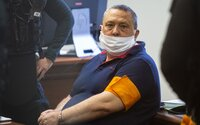 Slovenský politik platil mafiánom za vraždy milióny, tvrdí obžaloba. Spolu so synom si mal najímať gang sátorovcov