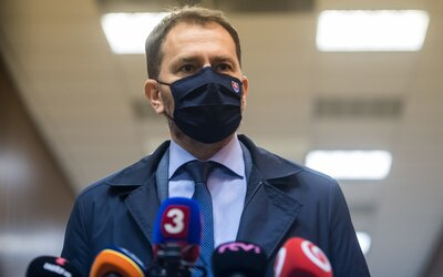 Slovenský premiér má koronavirus. Kdybych měl možnost obětovat svůj život za život tisíců nevinných obětí, udělám to, napsal