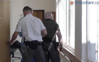 Slovenský učitel odsouzený za sex s 13letou dívkou poprosil spoluvězně, aby zařídil znásilnění dcery prokurátora