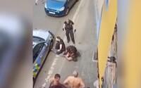Smrt Roma v Teplicích policie nezpůsobila. Zemřel kvůli intoxikaci, potvrdil znalecký posudek