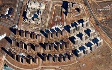 Smutné, no fascinujúce satelitné fotografie opustených miest duchov v Číne. Stáli miliardy, ale u ľudí neuspeli