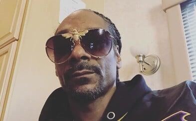 Snoop Dogg platí 50 tisíc dolarů člověku, kterého zaměstnal, aby mu připravoval jointy z marihuany