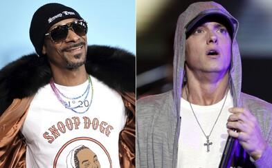 Snoop Dogg tvrdí, že Eminem nepatrí na zoznam 10 najlepších raperov planéty. Takto kritiku legendy vysvetlil