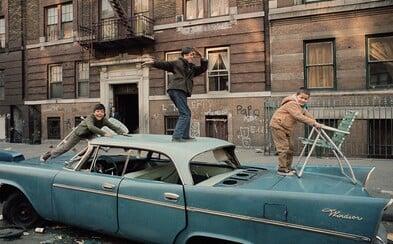 Sociální úpadek v 70. letech v New Yorku zachycen na procítěných fotografiích. Velké jablko má mnoho různých tváří
