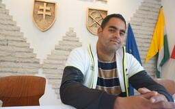 Som Róm a chcem pracovať. Dorobil som si strednú školu, aby som mohol žiť dôstojný život a uživiť rodinu (Rozhovor)