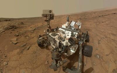 Sonda nalezla na Marsu stopy organických látek. Mohou naznačovat existenci života