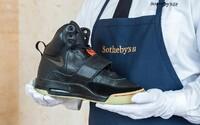 Sotheby's spustí aukciu na tenisky Nike Air Yeezy 1 v hodnote okolo 850 000 eur