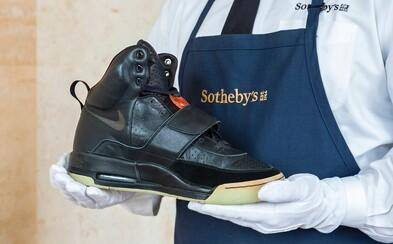 Sotheby's spustí aukciu na tenisky Nike Air Yeezy 1 v hodnote okolo 850-tisíc eur