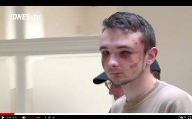Soud poslal do vazby 18letého mladíka, který u pražského metra pobodal dva lidi