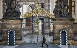 Soud rozhodl, že Pražský hrad byl pro lidi uzavřen neprávem. Organizace Kverulant tam nyní chystá akci