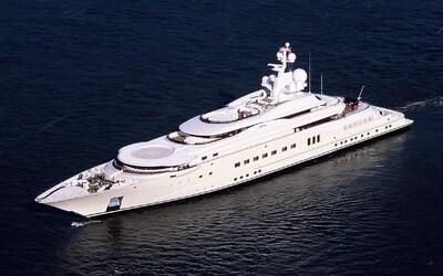 Soukromá jachta Romana Abramoviče stála přes miliardu eur a má i protiraketový systém