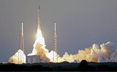 SpaceX sľubuje lety do vesmíru aj bežným ľuďom. Okolo Zeme ťa povozí už na prelome rokov 2021 a 2022