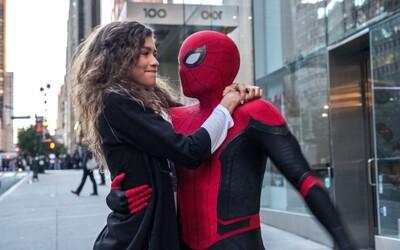 Spider-Man: Far From Home je podľa kritikov zábavnou jazdou s obrovskými prekvapeniami pre svet MCU