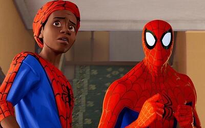 Spider-Man: Paralelné svety je parádnym animákom, z ktorého budú fanúšikovia v siedmom nebi (Recenzia)