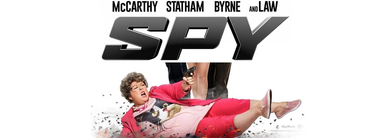 Špión, ktorý ma nemiloval alebo smrteľne vtipný ženský Bond s veľkosťou XXL (Recenzia)