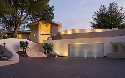 Spoluzakladatel Applu, Steve Wozniak, prodal své honosné sídlo v prosluněné Kalifornii za 3,5 milionů eur
