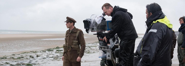 Spoza kamier: Na bojisku vojnového Dunkirku plného neuveriteľných scén, praktických efektov a natáčania v kritických podmienkach