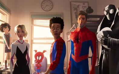 Spoznajte Spider-Manov z rôznych dimenzií vo vynikajúcom traileri najočakávanejšieho animáku roka