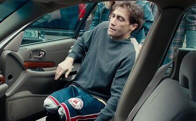 Spracovanie Bostonskej tragédie je význačné kreáciami Jakea Gyllenhaala a otvoreným prístupom k zranenej ľudskosti (Recenzia)