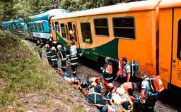 Srážka vlaků na Karlovarsku: Co se přesně se stalo a proč souprava nepočkala?